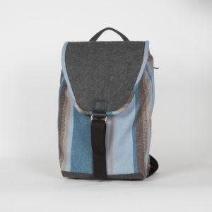 Rucksack mit gestreiftem Muster aus Brennnesselfaser und Schurwolle
